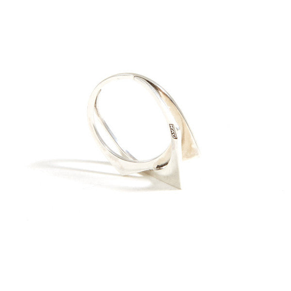 INTERLOCKING METRIC RING