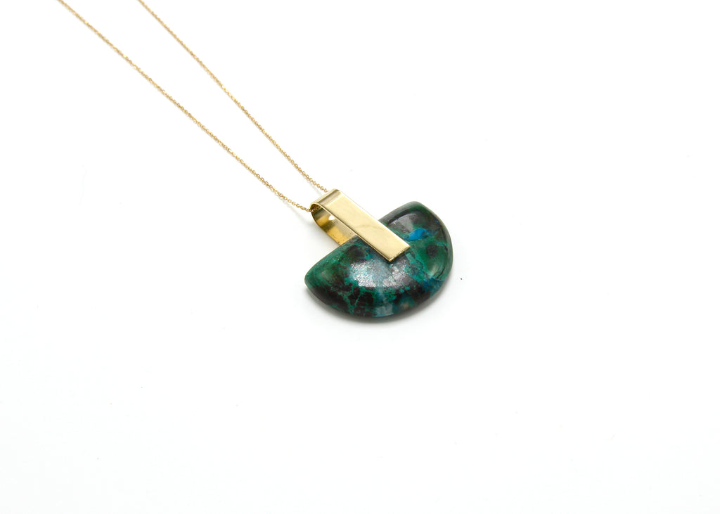 SOLA NECKLACE / HALF-MOON CHRYSOCOLLA