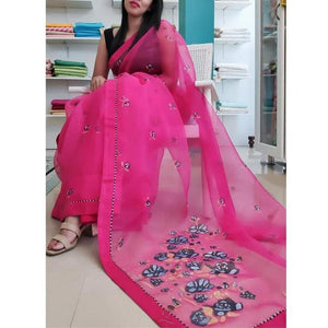 Eye Catchy Pink Color Designer Saree With Digital print