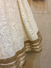 Load image into Gallery viewer, White lucknowi chikankari lehenga
