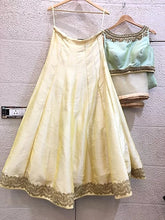 Load image into Gallery viewer, Cream and Mint Lehenga