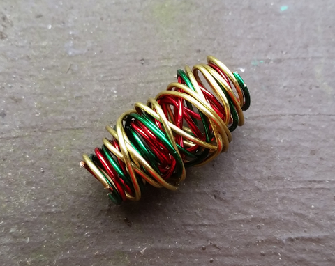 Organically Wrapped Rasta Dread Bead
