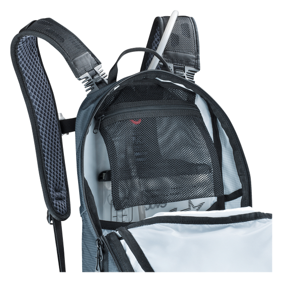 EVOC CC 10L BACKPACK & 2L BLADDER