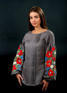 Blouse with poppies
