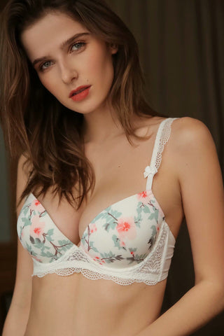 Alexia - Estella white rose flower ribbon sexy sensual bra lingerie lacy laces strap hook secretsaffair