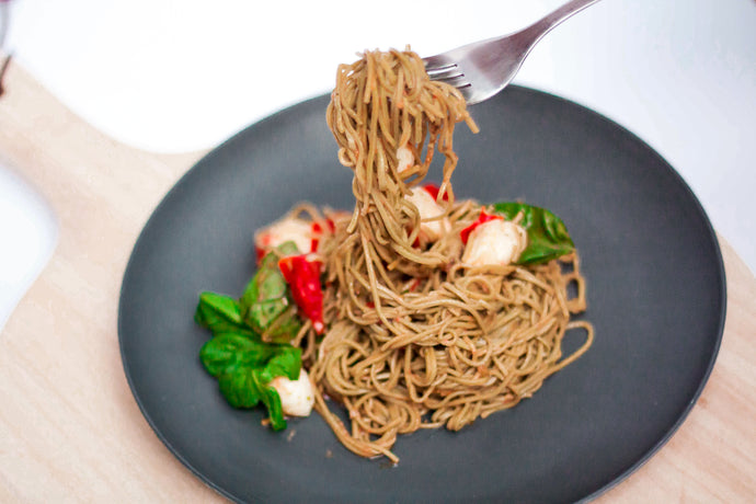 Caprese Soybean Pasta with Balsamic Dressing