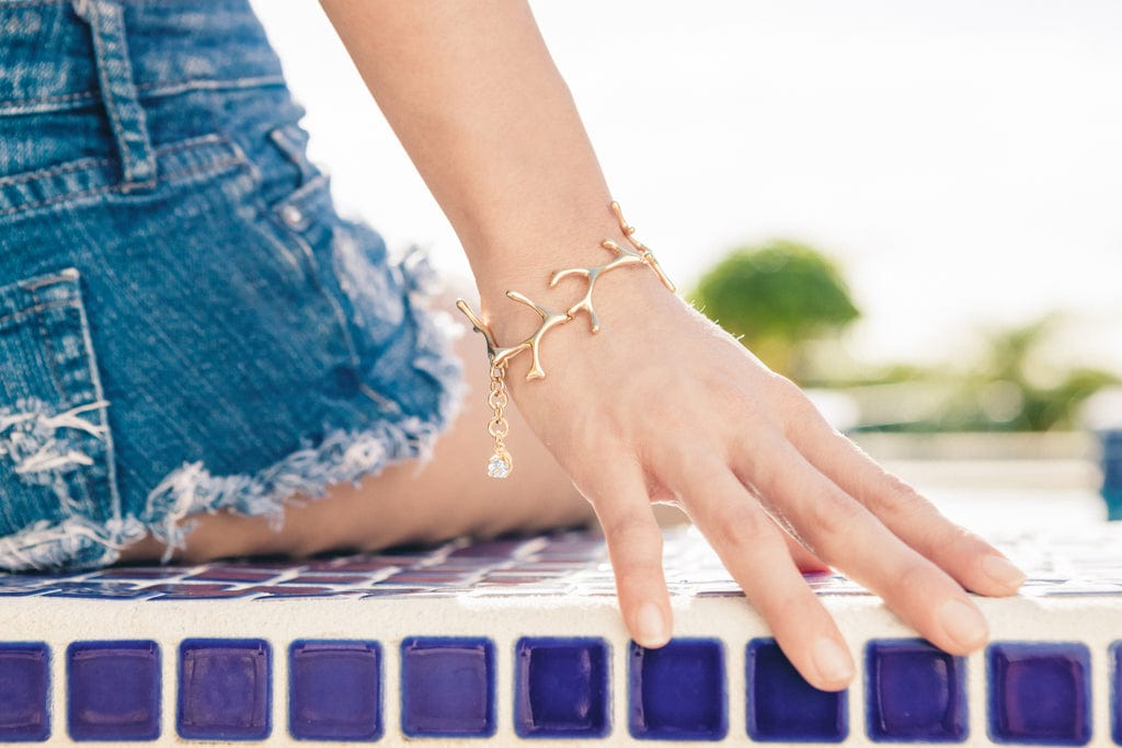 vermeil Hawaiian limu seaweed bracelet on model