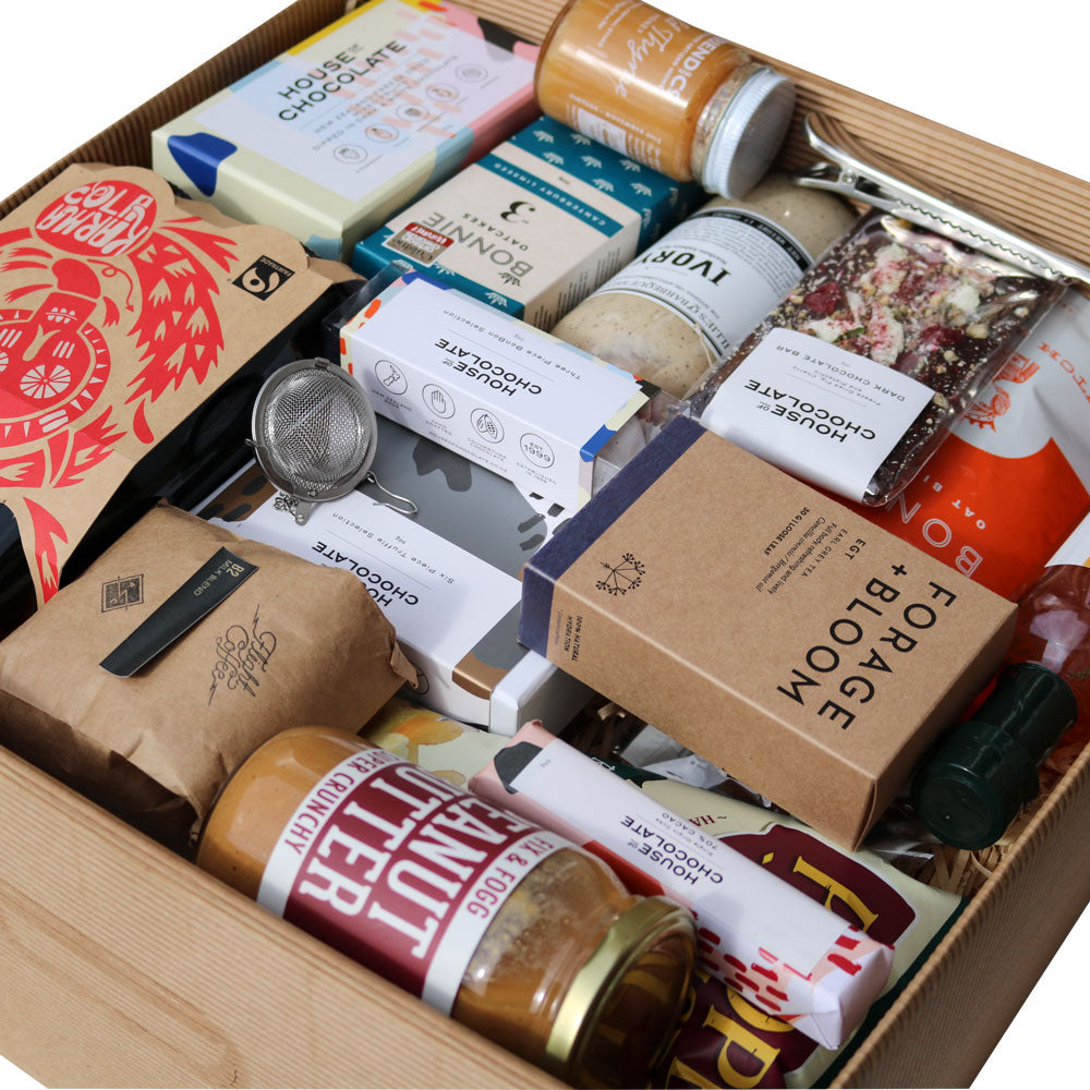 Lots Of Luxury Sharing Hamper