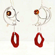 Load image into Gallery viewer, Red Coral Earrings