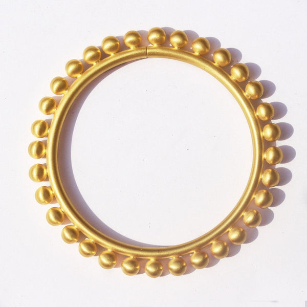 Round Bangle with Spheres