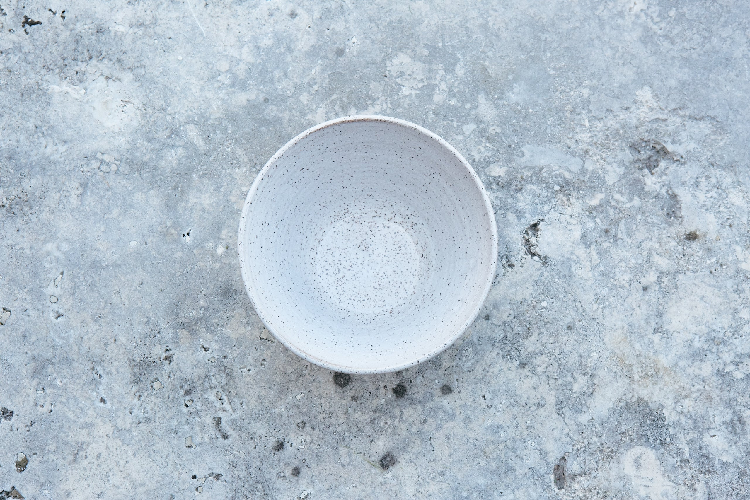 V-Shaped Bowl