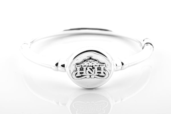 SS22 H&H Logo Hinged Bangle