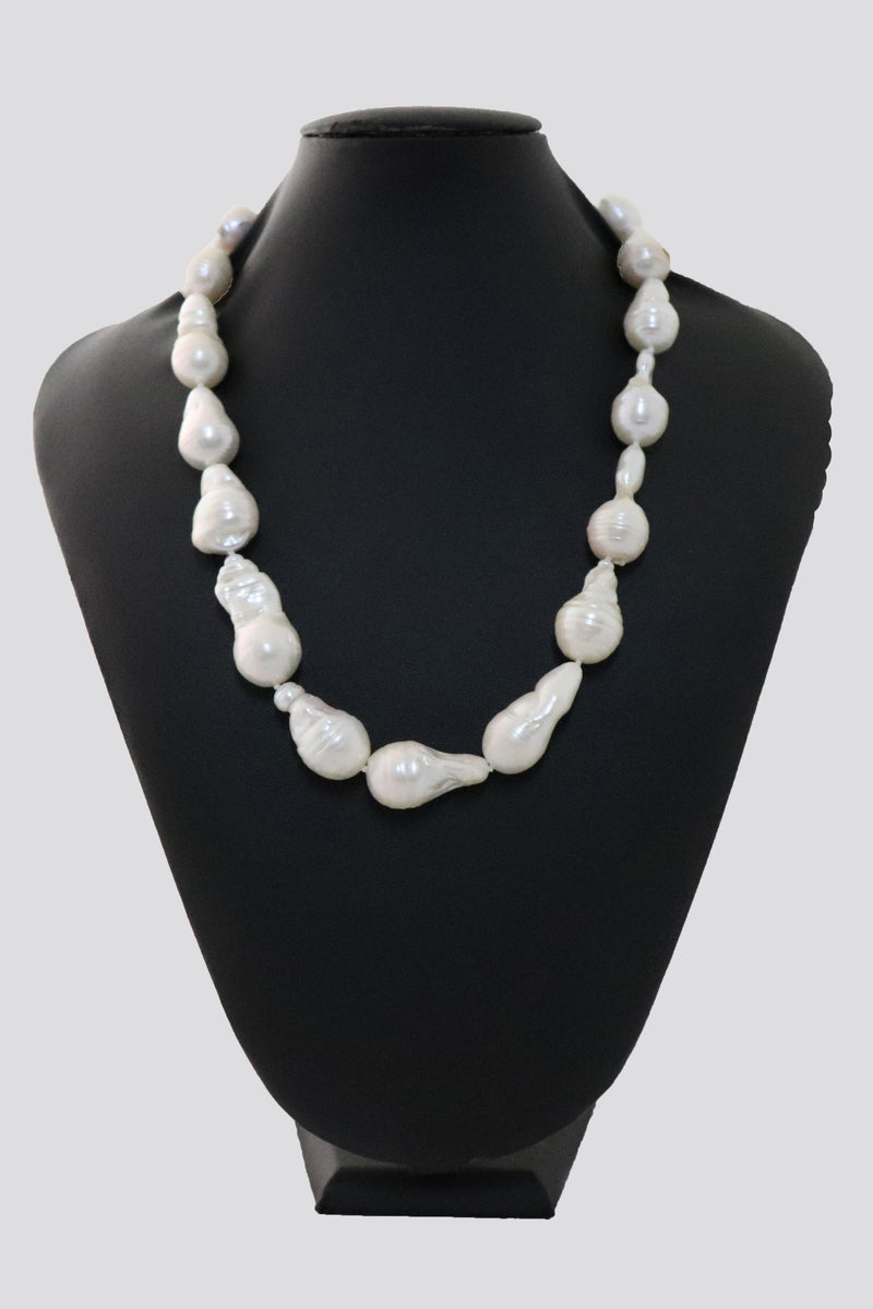 P19 Pearl Necklace Baroque Pearls