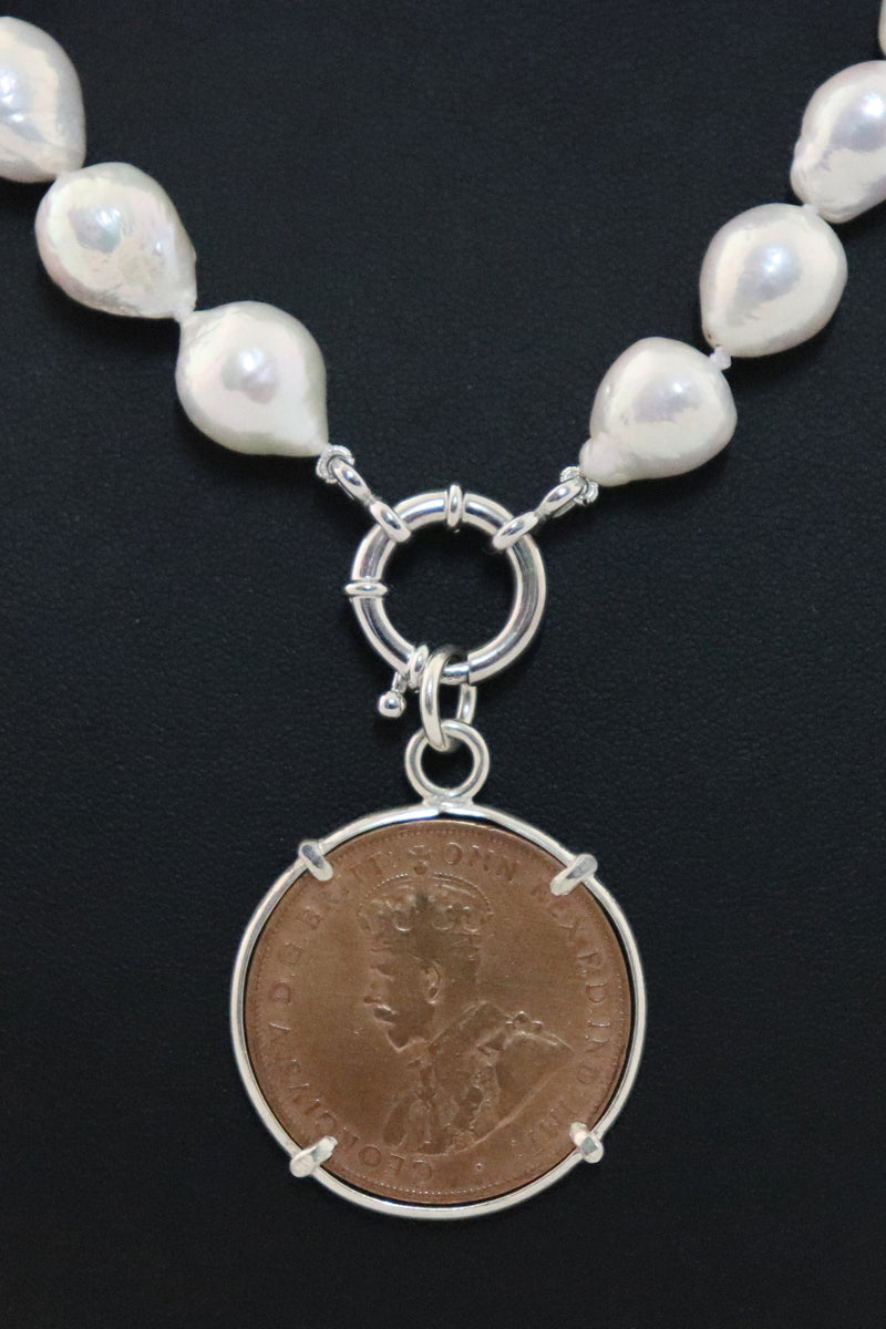 P21 Penny Coin Pendant - Commonwealth