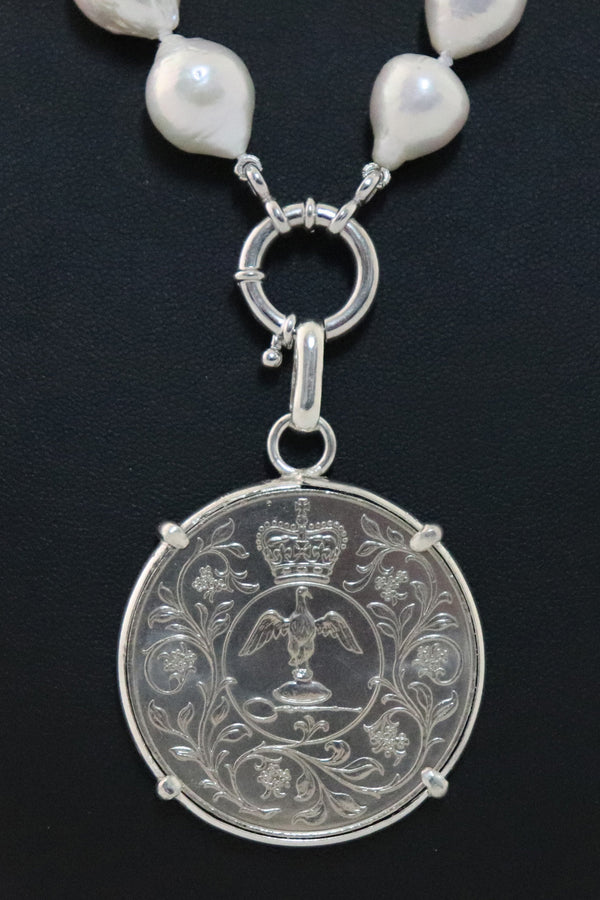 P7 QE Jubilee Coin Pendant