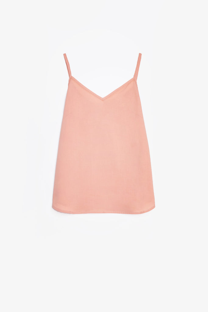 A classic camisole in dusty pink linen blend