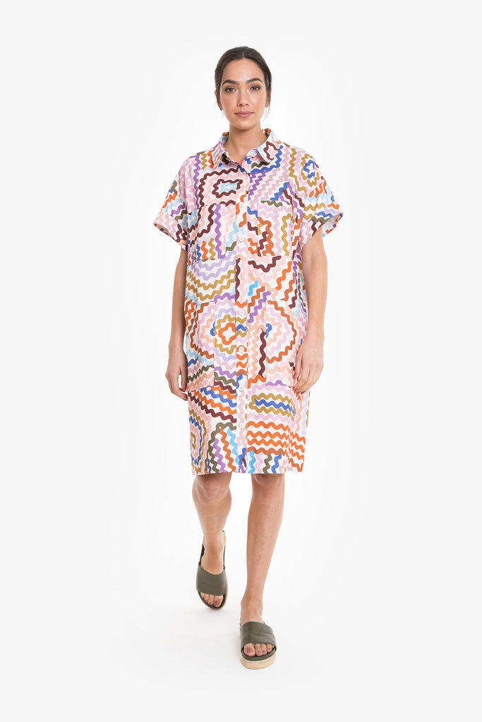A simple summer shirt dress in an original Obus print, made from a linen/cotton blend