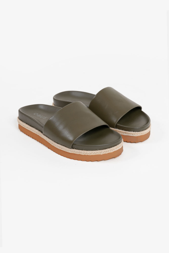 Khaki leather pool slide with espadrille sole