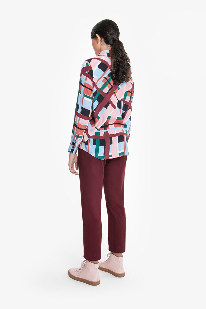 A drapey, flowy shirt in viscose with a large check print