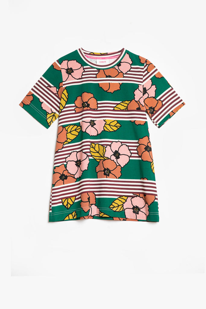 A relaxed tee top in a signature Obus large floral print
