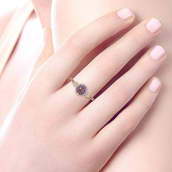 14K Yellow Gold Three Stone Amethyst and Diamond Ring