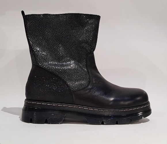 BOOT BLACK LAMINATO