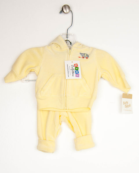 Kidz Outfitters Newborn Outfits by Baby B'gosh - KidzOutfitters.com Item A1601102