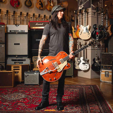 Richard Fortus Collection Richard with Gretsch Guitar