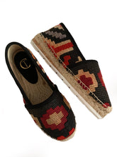 Load image into Gallery viewer, Kilim Camping - Pre Order