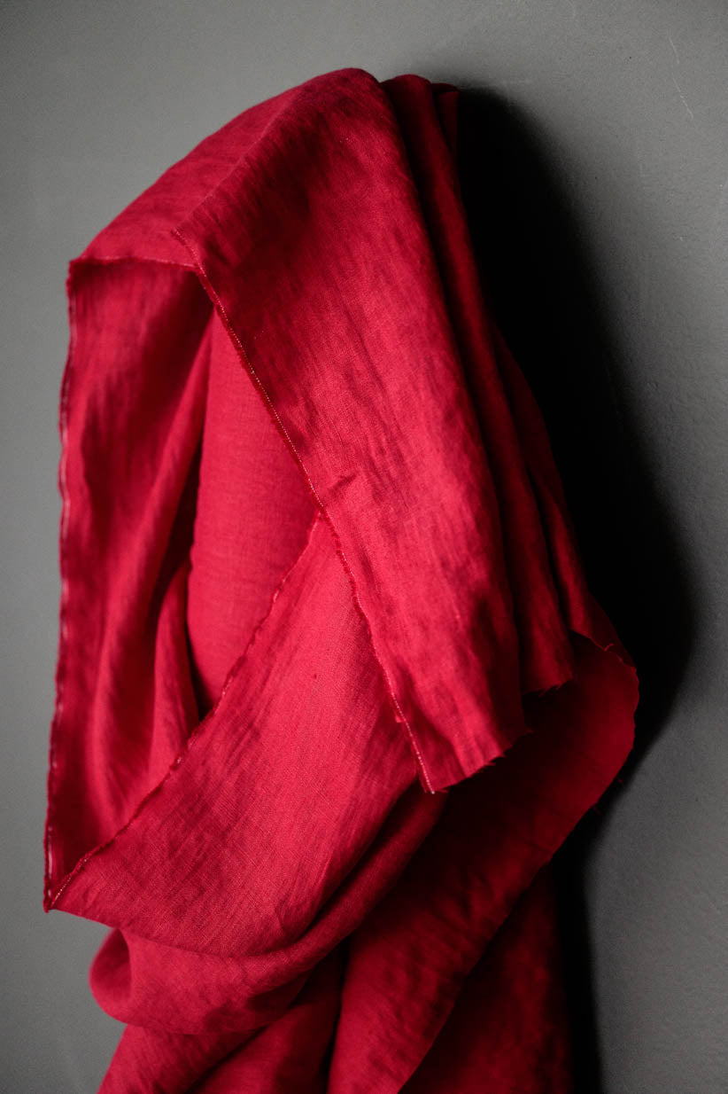 Merchant and Mills - Demon Scarlet Red - European Laundered Linen - 185gsm