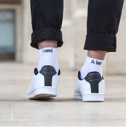 Chaussettes à message Need Beer - taille homme