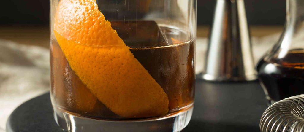 THE COFFEE OLD FASHIONED — YOUR NEXT FAVORITE COCKTAIL