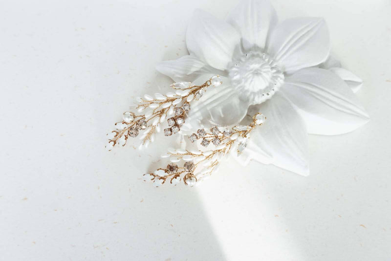 White Rise Earrings