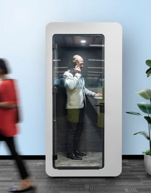 Qzone-Phone-booth
