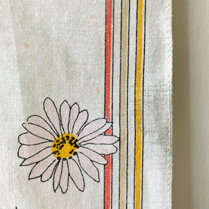 Side daisy detail of vintage Mary Quant scarf