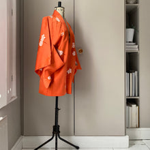 Load image into Gallery viewer, Vintage vibrant coral kimono jacket