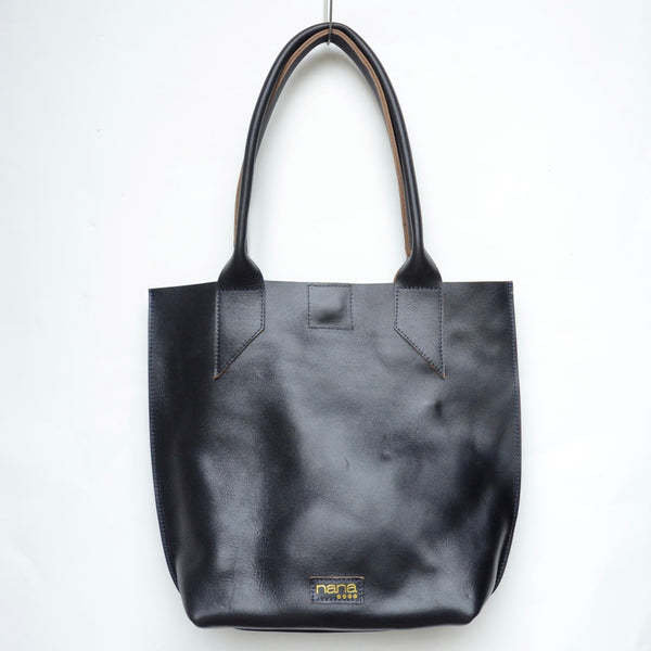 margie tote: black (+navy thread)