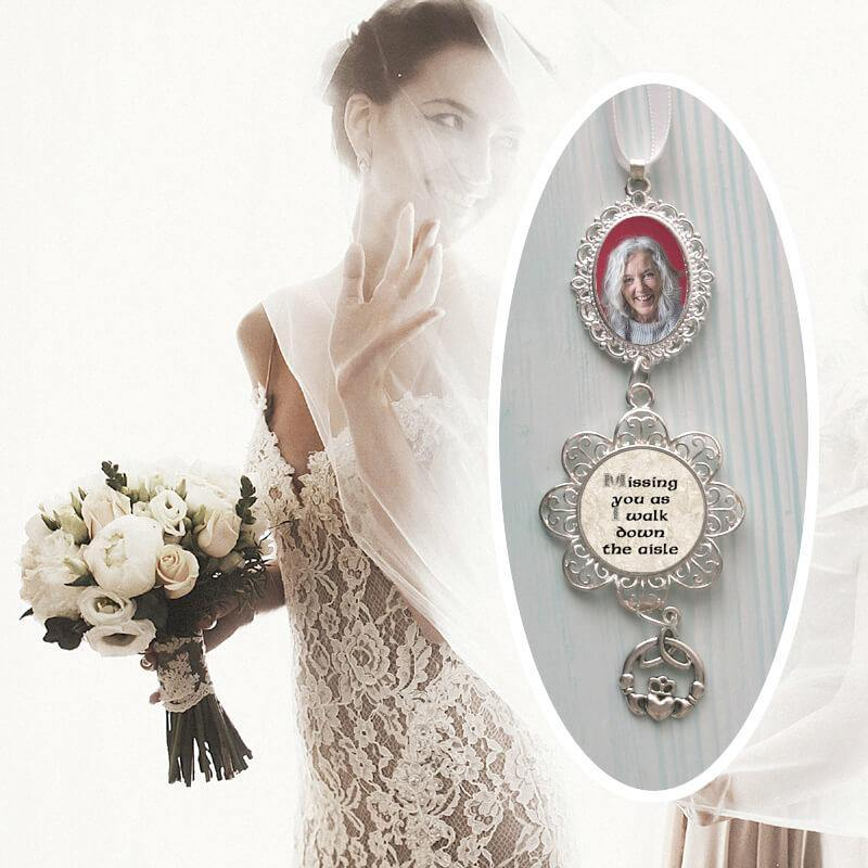 photo locket for bridal bouquet