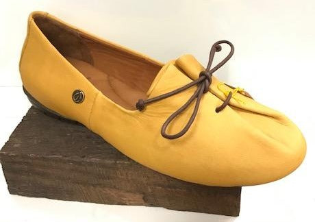 Sergio Tomani Tuka Slip On Leather, Mustard Yellow