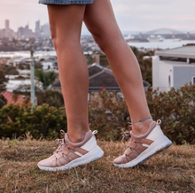 Load image into Gallery viewer, OTBT Unison Sneaker Salmon