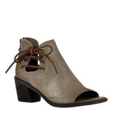 Load image into Gallery viewer, OTBT Prairie Peep Toe Sandal Taupe