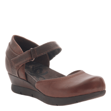 Load image into Gallery viewer, OTBT Companion Mary Jane Wedge Oak