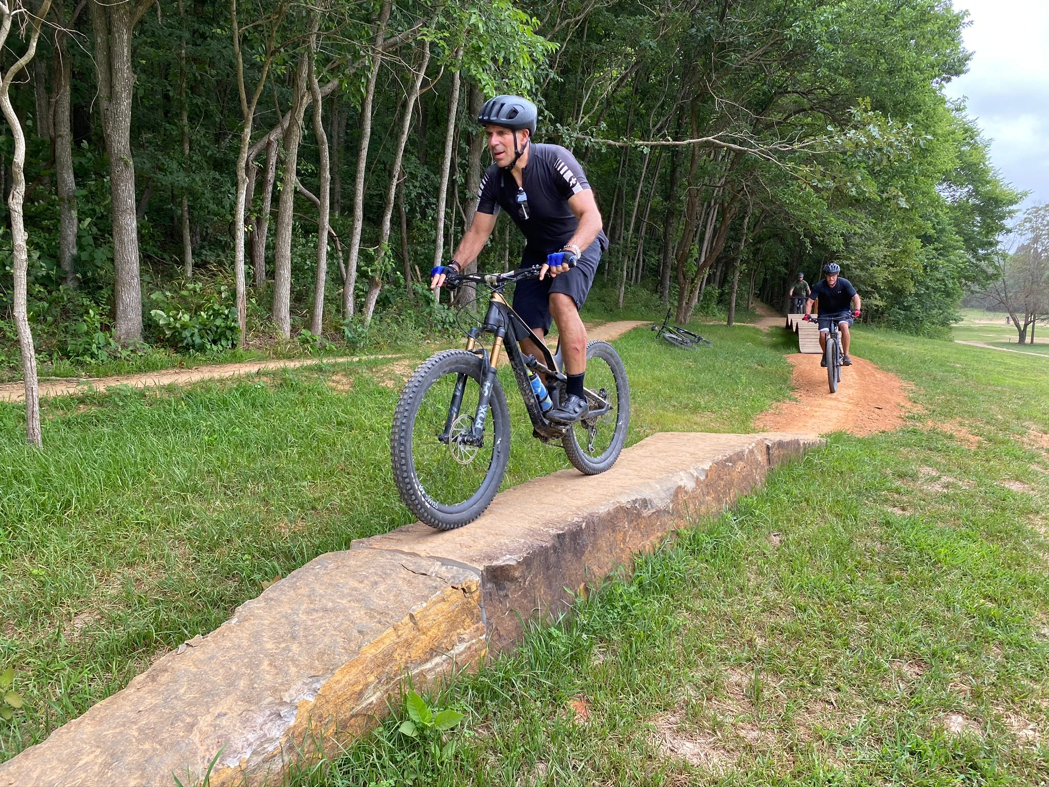 Learn to ride skinnies on a mountain bike in Bentonville