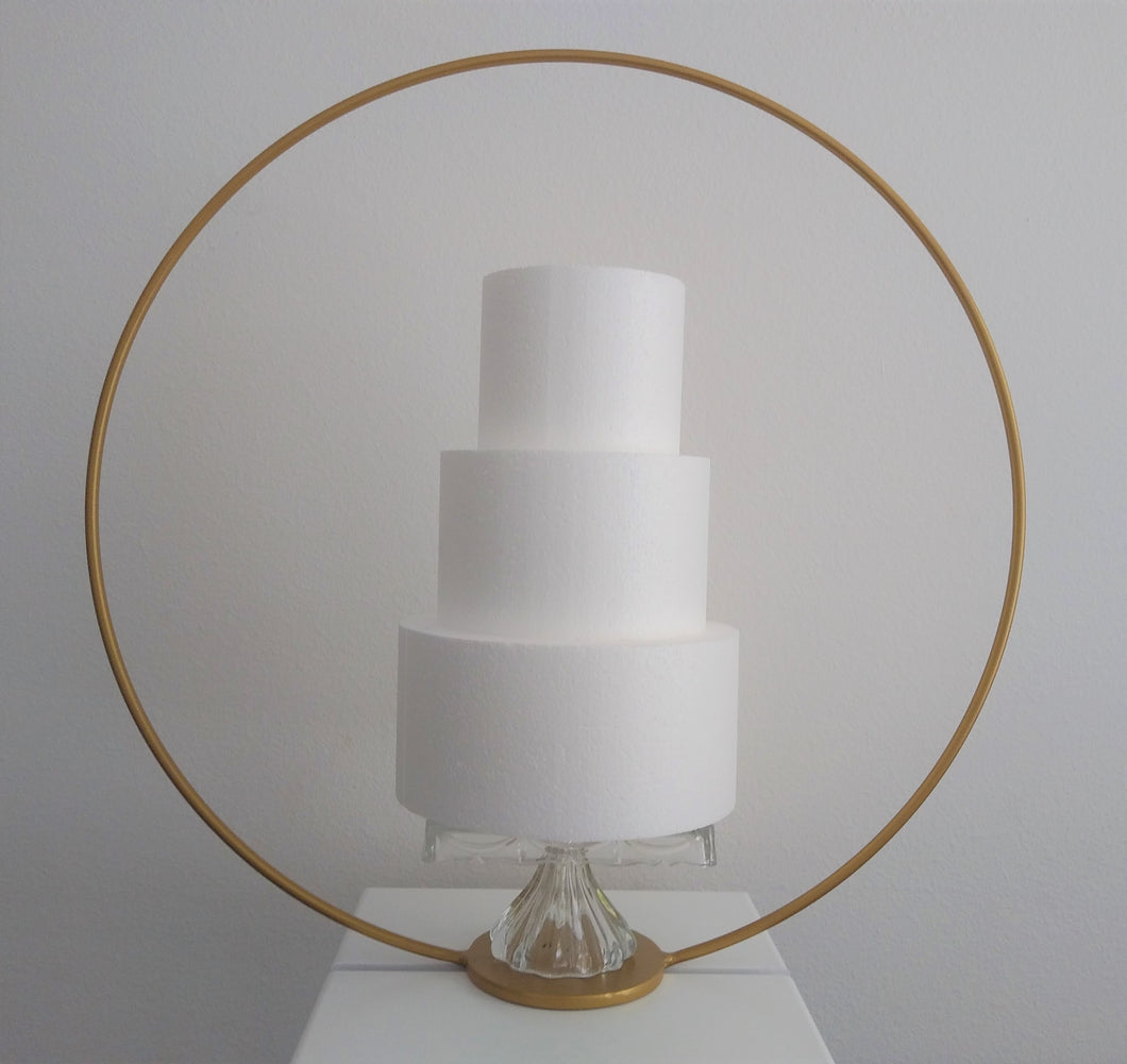 28 inch free standing Metal Cake Round Hoop for floral display, wedding prop or cakes