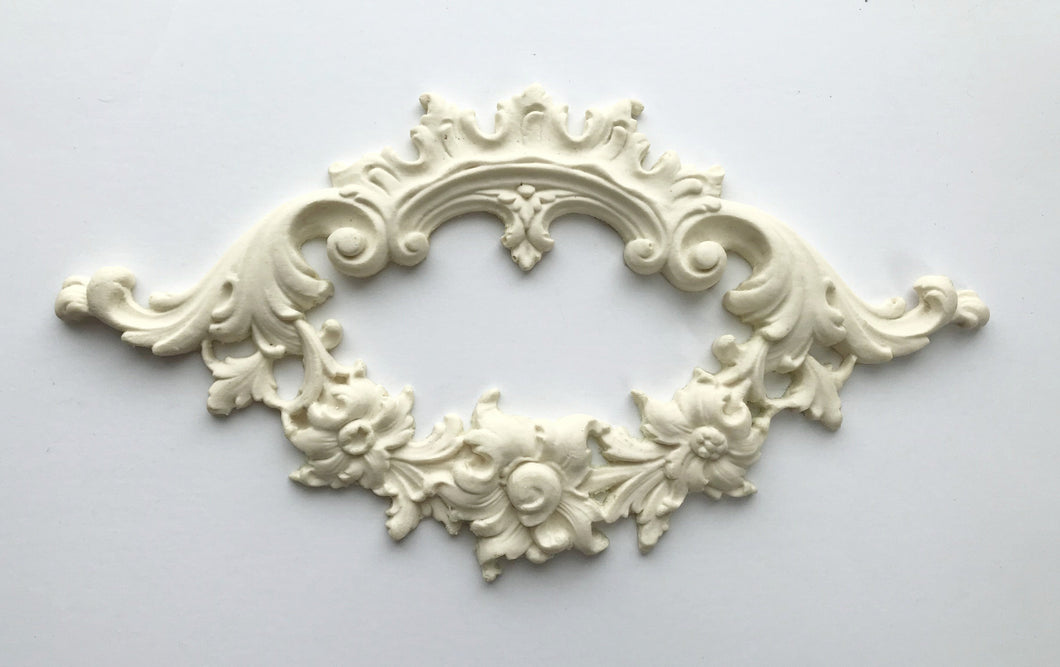 Marie Antoinette Baroque oval wreath silicone mold