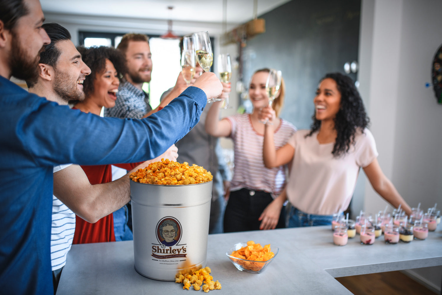 We still make our gourmet popcorn the same old fashioned way to make sure each mouthwatering handful is as fresh tasting and theatre-good as what you're served at our venues.