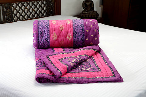 Designer Doubles cotton Razai / Quilt in Pink/Purple/Gold/Black Combo at Jodhaa India