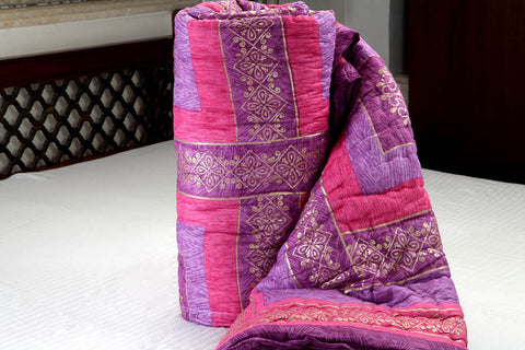 Designer Doubles cotton Razai / Quilt in Pink/Purple/Gold at Jodhaa India