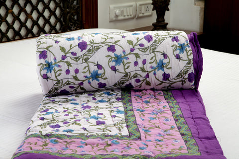 Designer Doubles Cotton Quilt / Razai in Floral print