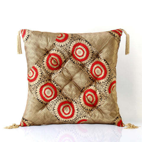 Jodhaa Cushion in Brocade in Black/Gold/ Red      21CSHA030